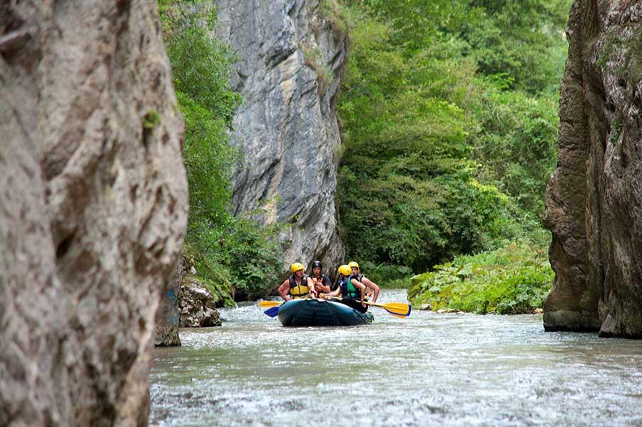 Rafting sul fiume Corno in Umbria